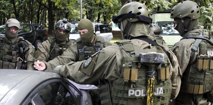 Polsk_politi_antiterrorøvelse_2010_0