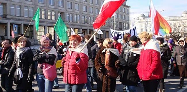 Polske_kvinder_demonstrerer