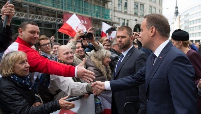 Præsident_Duda_fra_Polen_opfordrer_polakker_til_at_blive_i_England_polennu
