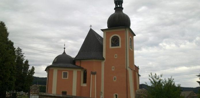 Saint_Michael_Archangel_church_in_Lewin