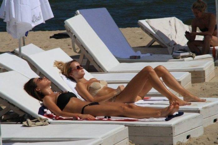 Sol_og_varme_ved_stranden_i_Sopot_Jens_Mørch_polen_polennu