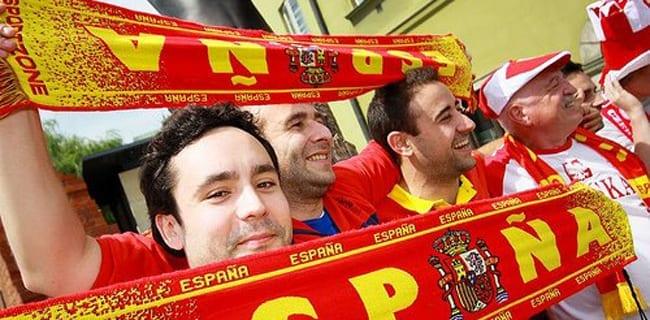 Spanske__og_polske_fans