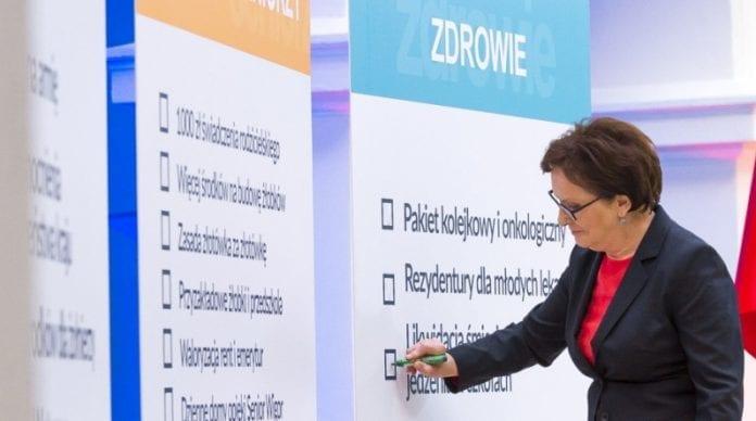 Statsminister_i_Polen_Ewa_Kopacz_fejrer_et_års_regeringsjubilæum_polennu