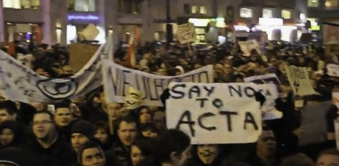 Stop_ACTA_demonstration_i_Warszawa_Polen_polennu