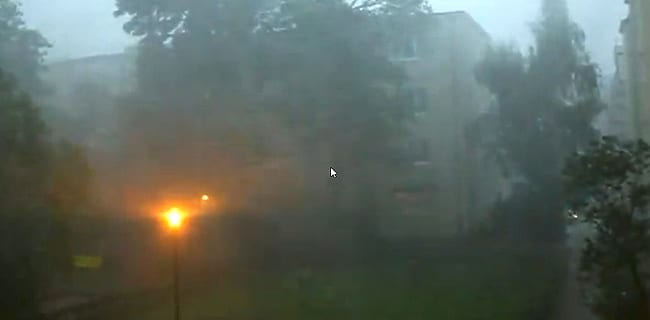 Storm_Warszawa_20_juli_2011