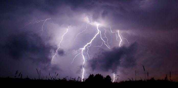 Storm_i_Polen_Martin_Bager_polennu