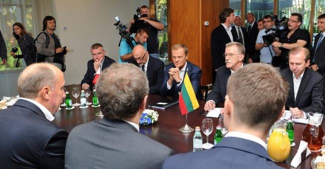 Tusk_i_Litauen_for_at_diskutere_forholdene_for_det_polske_mindretal