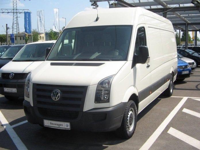 Volkswagen_starter_produktion_af_minibusser_i_Polen
