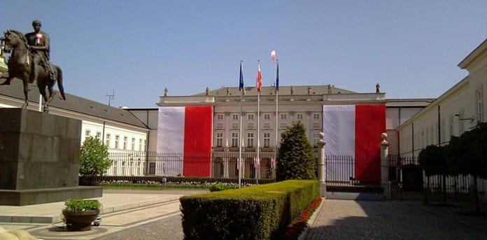 Warszawa_3_maj_2012_Anita_Fossheim_polennu