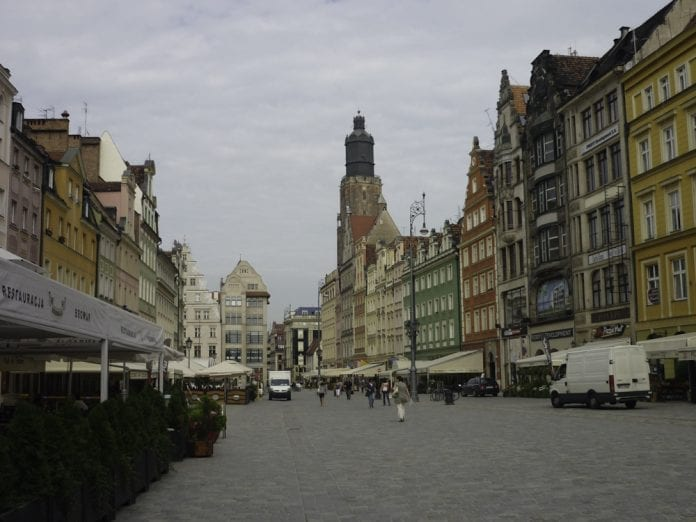 Wroclaw_-_Rynek,_pierzeja_polnocna_(Marktpladsen,_nordsiden),_fot