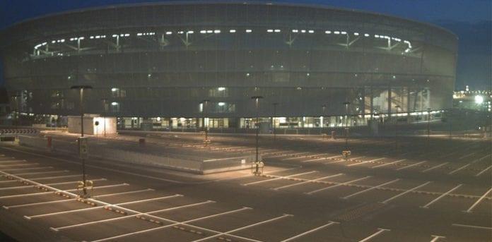 Wroclaw_stadion_5_april_2012_polennu