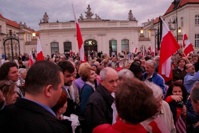 demonstration_Warszawa_Warsaw_polen_polennu