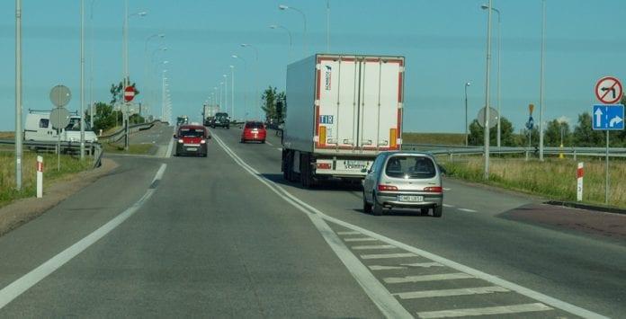 førere_af_lastbiler_i_tyskland_skal_betale_tysk_mindsteløn_martin_bager_polen_polennu