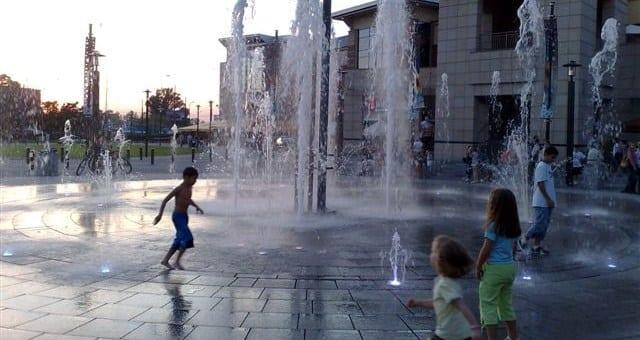 fontanna-woda-swiatlo-dzwiek-warszawie_foto_watersystem