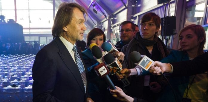 jan-kulczyk-with-journalists_1