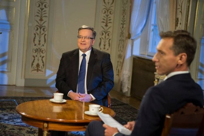 komorowski_polens_præsident_tv_tvp_2015_auschwitz