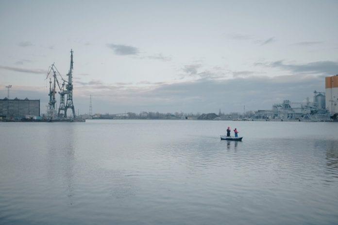 ny_bog_med_billeder_af_Gdansk_Skibsværft_i_Polen