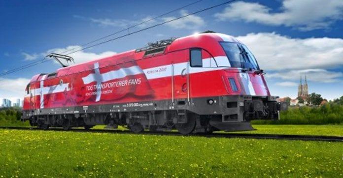 polen_maler_lokomotiver_i_EM_2012_holdenes_farver