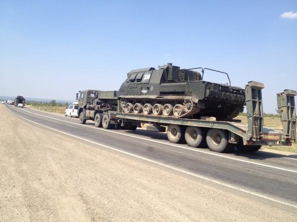 russiske_pansrede_køretøjer_i_ukraine_foto_twitter