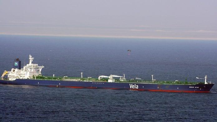 sirius_star_har_to_polske_søfolk_ombord