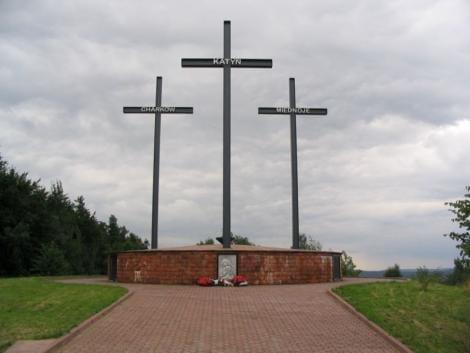vene_i_Smolensk-skovene_ved_Katyn_i_Rusland__(1)