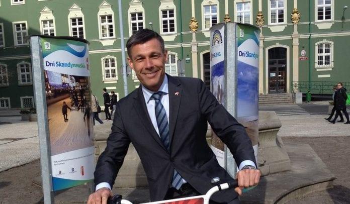 ambassadoer_i_polen_cyklen_steen_hommel_polennu