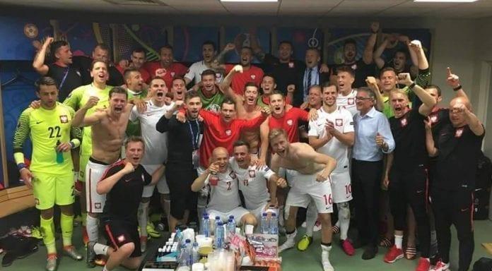polakker_i_em_omlaedning_fodbold