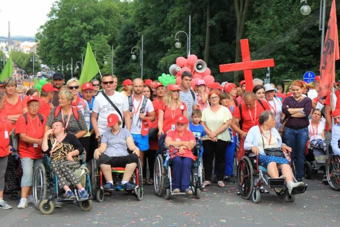handicappede_pilgrimme_i_czestochowa_i_polen