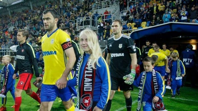 fc_midtjylland_arka_gdynia_fodbold_polennu