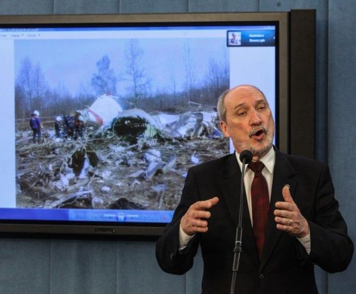 antoni_macierewicz_smolensk_rapport_polen_forsvarsminister