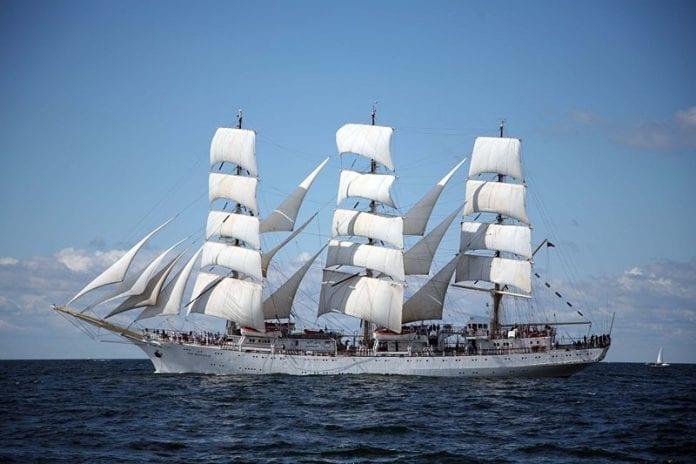 dar_mlodziezy_polsk_skole-skib