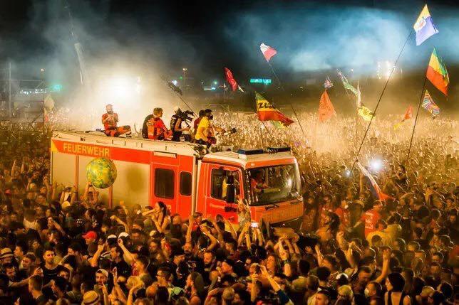 tysk_brandmaend_redder_polsk_festival
