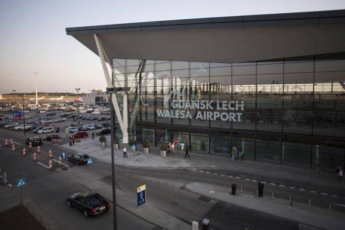 walesa_gdansk_airport_lufthavn