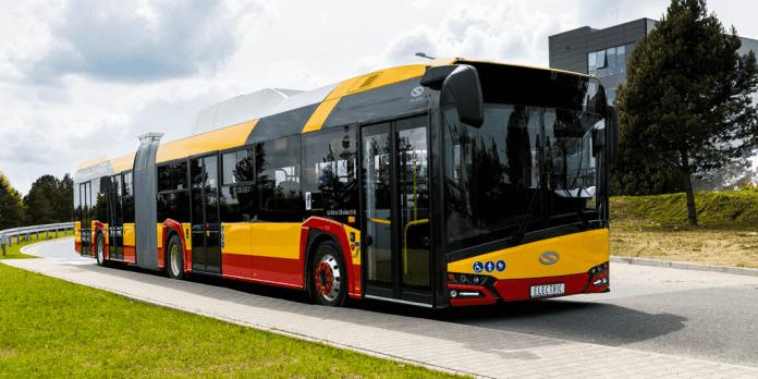 el_bus_solaris_polen_polennu