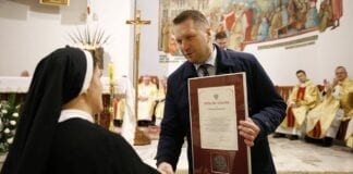 International boykot af polsk minister