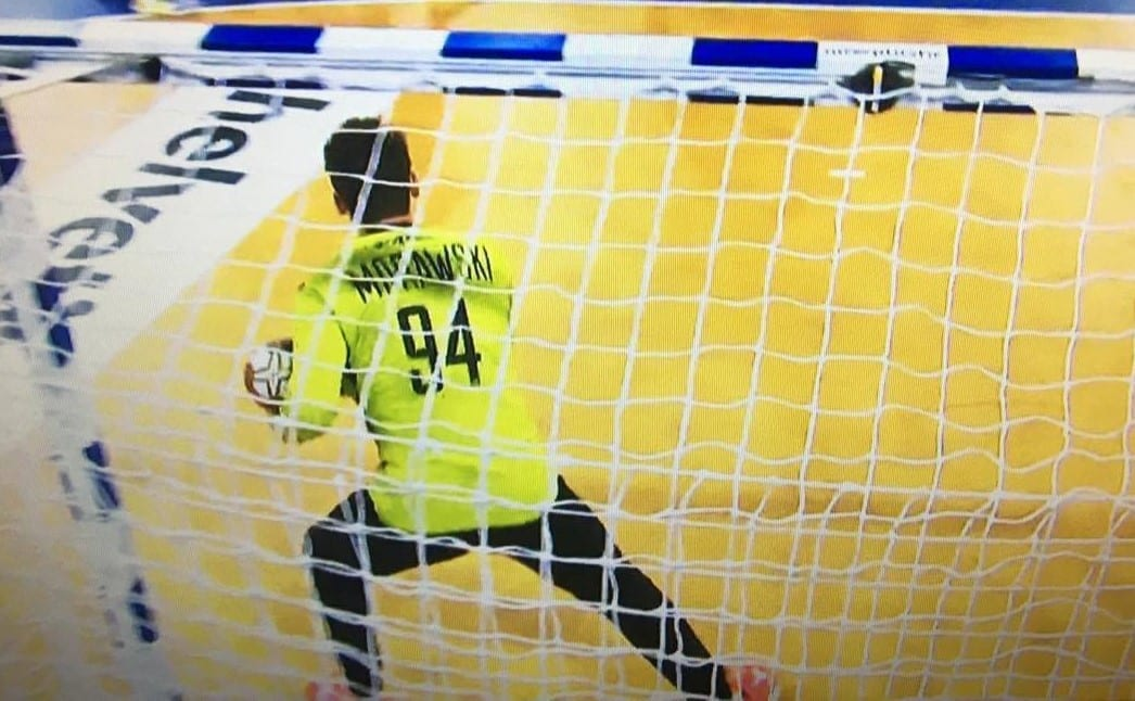Polsk målmand gav spænding ved håndbold VM