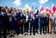 Valgnederlag for polsk regeringsparti