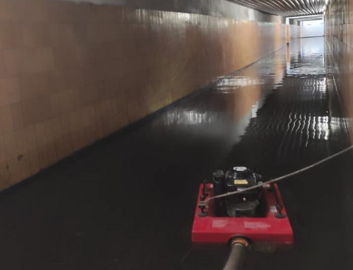 flere oversvømmelser